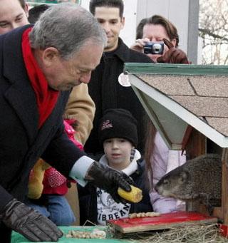 2 Février - Fête de la marmotte Chuck_maire_new_york